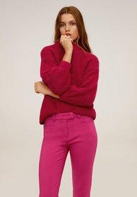 Mango - ALBERTO - Spodnie materiałowe - fuchsia - 3