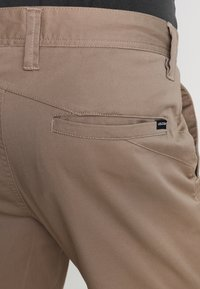 Volcom - FRICKIN MODERN - Shorts - khaki - 4