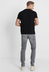 Replay - ANBASS - Slim fit jeans - grey denim - 2
