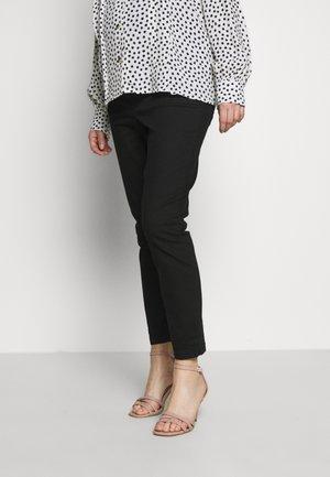 OVERBUMP DARCY - Jeans slim fit - black