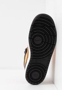 Nike Sportswear - COURT BOROUGH MID UNISEX - High-top trainers - wheat/orange pulse/black/white - 5