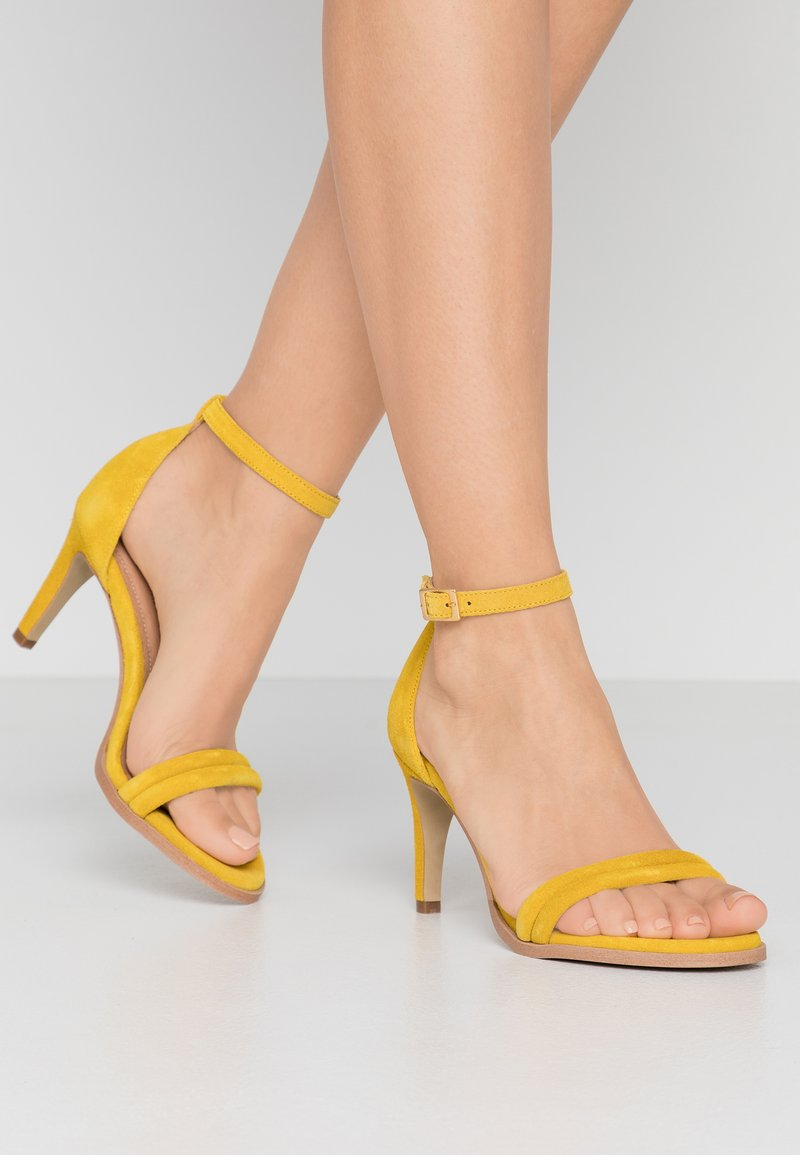 Pavement - AMBER - High heeled sandals - yellow