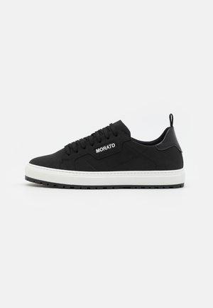 CROFTIN - Trainers - black