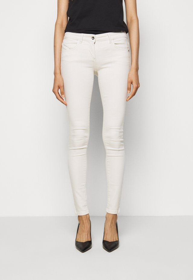 LOW WAIST - Jeans Skinny Fit - clay white