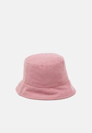 PCJIOLA BUCKET HAT - Hut - misty rose