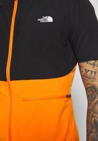The North Face - MENS VARUNA VEST - Waistcoat - flame orange - 3