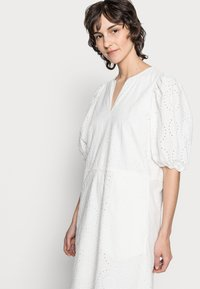 InWear - HARLENE DRESS - Korte jurk - white - 4