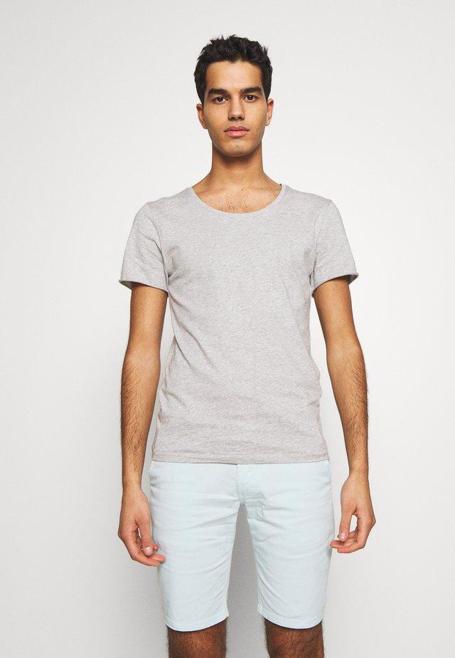 ERIK TEE - T-shirts - grey melange