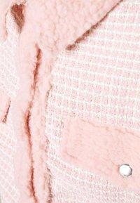 Missguided - BOUCLE EMBELLISHED BUTTON - Lett jakke - pink - 4