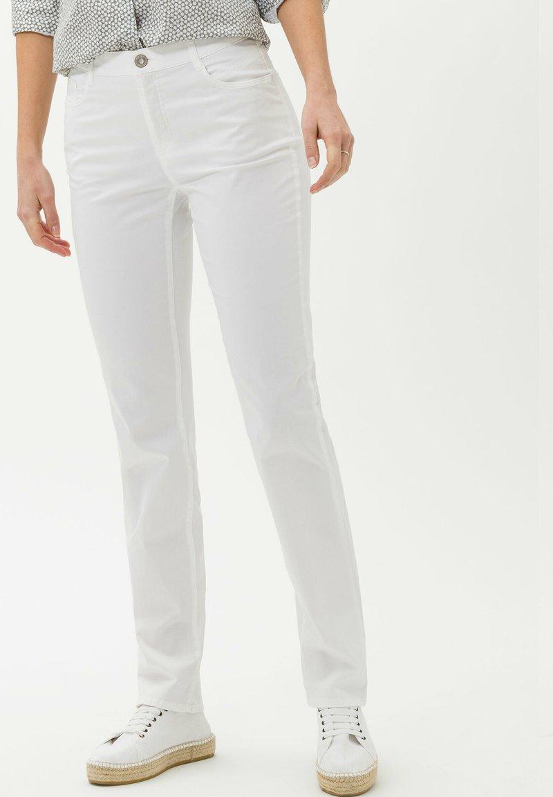 BRAX - STYLE MARY - Pantalon classique - white