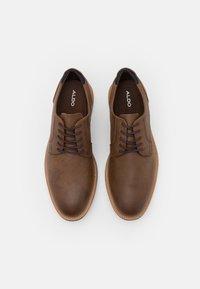 ALDO Wide Fit - OLIRANG - Chaussures à lacets - light brown - 3