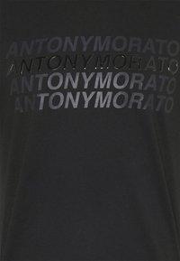 Antony Morato - SLIM FIT WITH LOGO - T-shirt con stampa - nero - 4