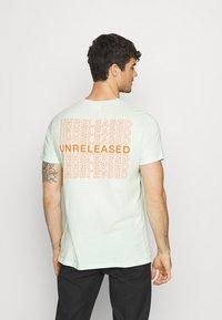 YOURTURN - Print T-shirt - green - 2
