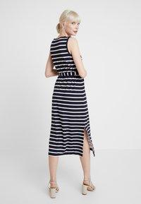 Banana Republic - V NECK TIE WAIST DRESS STRIPE - Jersey dress - navy - 3