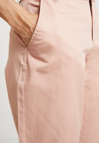 ONLY - ONLMELLOW PANT - Chino - misty rose - 4