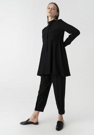 Tunic - black