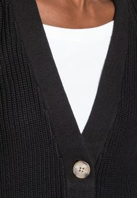 Selected Femme - SLFEMMY  BUTTONCARDIGAN  NOOS - Cardigan - black - 4