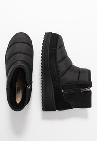 UGG - RIDGE MINI - Vinterstøvler - black - 3