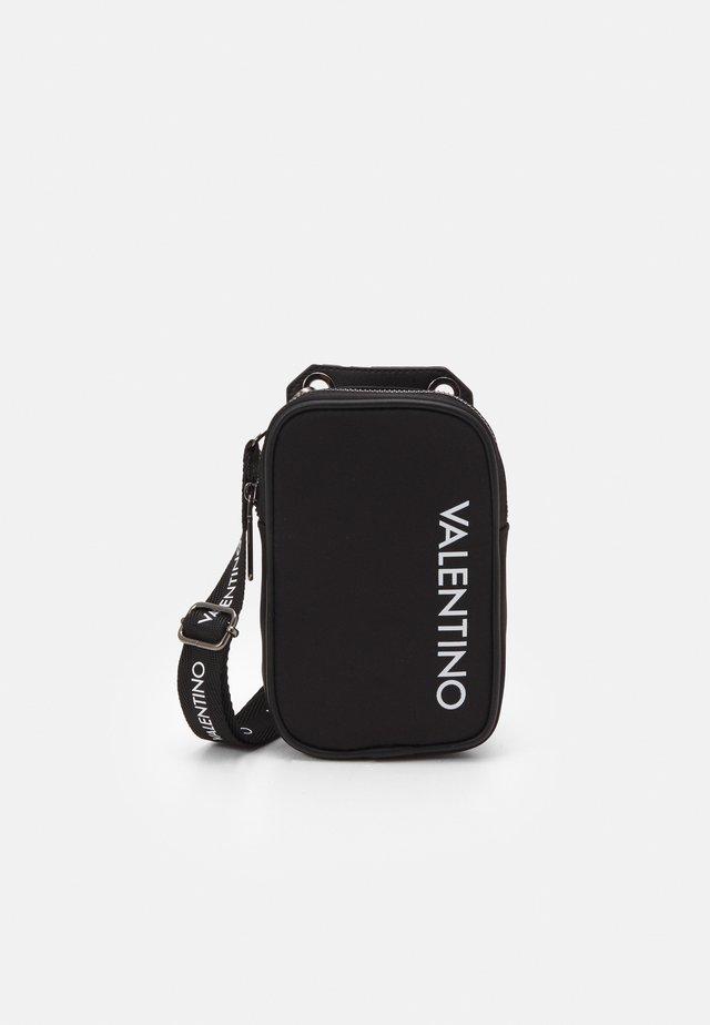 KYLO CROSSBAG - Across body bag - nero