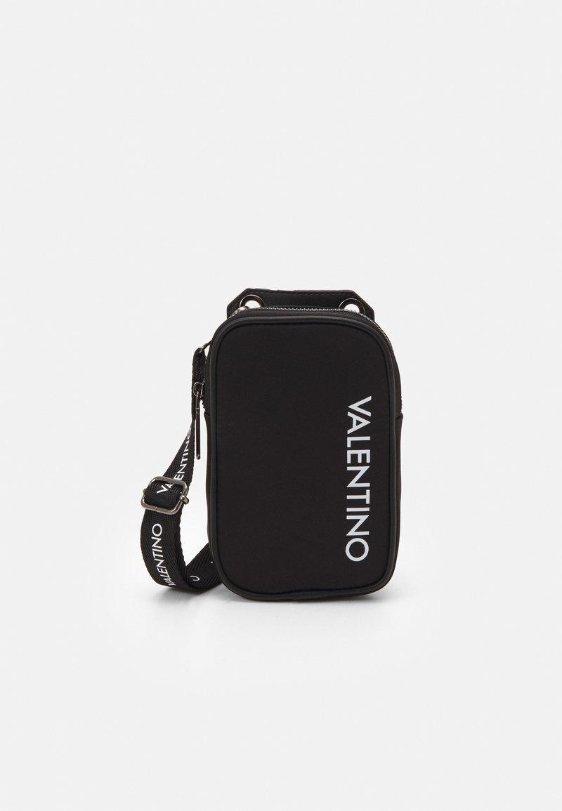Valentino Bags - KYLO CROSSBAG - Taška spříčným popruhem - nero