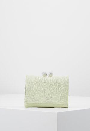 LORLEI - Peněženka - green