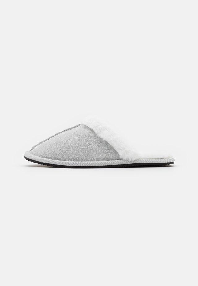 SLIPPER MULE - Pantuflas - grey