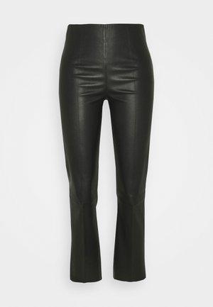 FLORENTINA - Pantalon en cuir - black