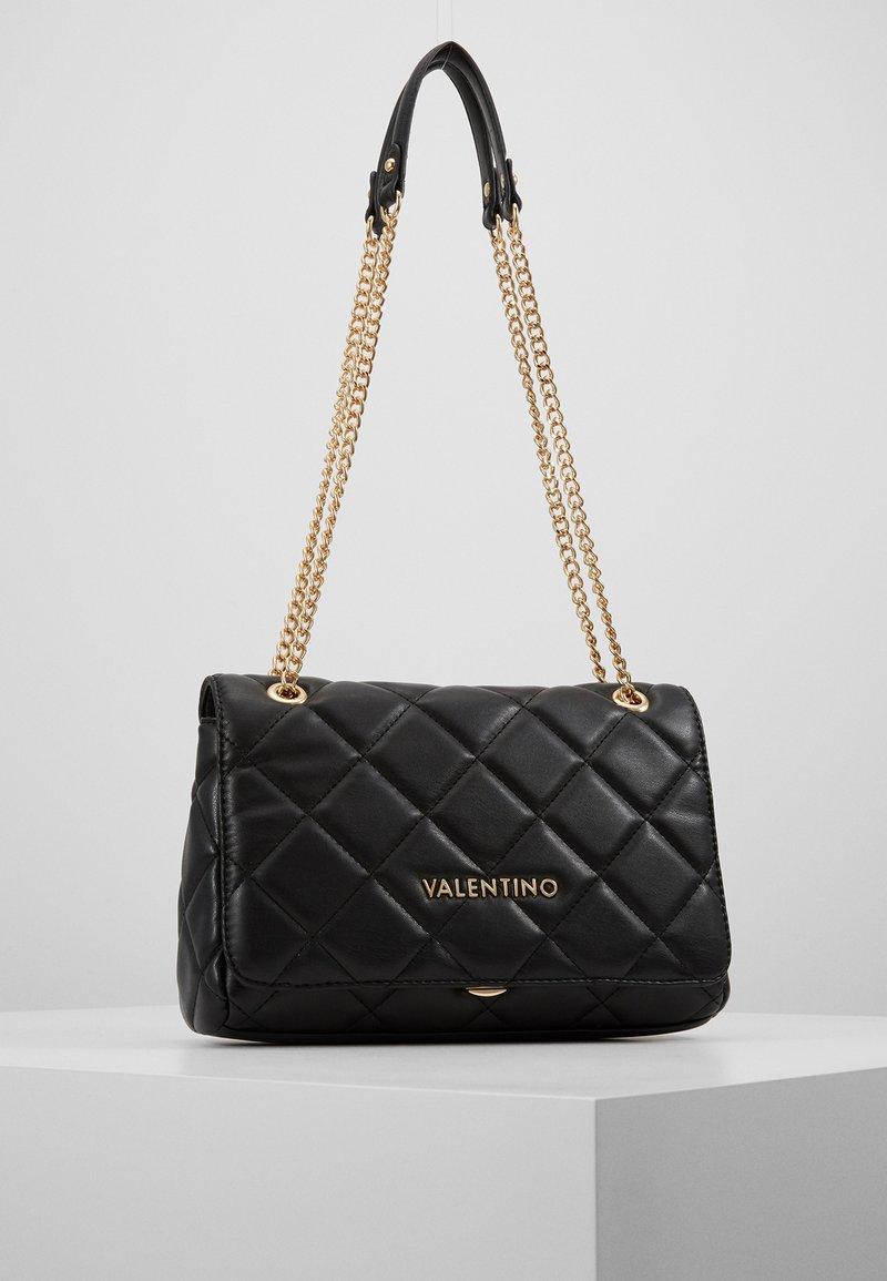 Valentino by Mario Valentino - OCARINA - Taška spříčným popruhem - nero