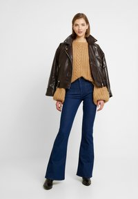 Lee - Flared Jeans - clean say - 1