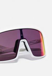Oakley - SUTRO UNISEX - Sonnenbrille - matte white - 4