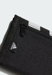 adidas Performance - 2021-02-01 ESSENTIALS 3-STRIPES WALLET - Plånbok - black - 3
