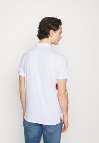Jack & Jones - JJSHAKE - Polo shirt - white - 2