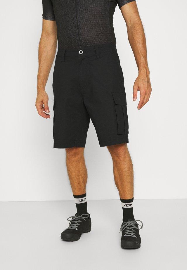 SLAMBOZO SHORT - Korte broeken - black
