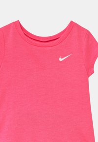 Nike Sportswear - BIKER SET - Kraťasy - pink/multi-coloured - 3