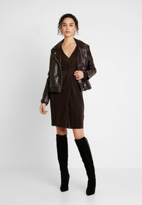 Gina Tricot - PLEATED DRESS - Day dress - java - 2