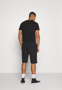 YOURTURN - UNISEX SET - Shorts - black - 2