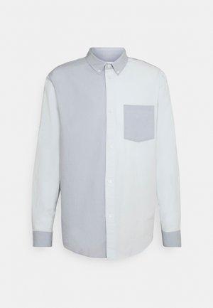 MALCON BLOCKED SHIRT - Shirt - blue