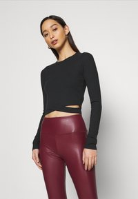 Hollister Co. - ULTRA CROP CUT OUT - Long sleeved top - black - 3