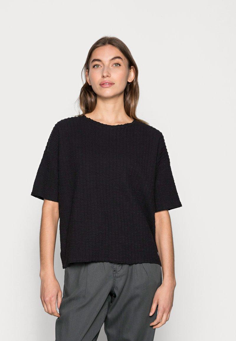 Lounge Nine - KYLIE - T-shirts med print - pitch black