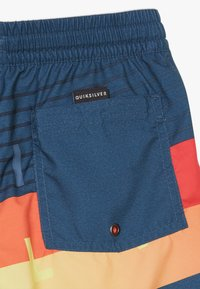 Quiksilver - WORD BLOCK VOLLEY YOUTH - Swimming shorts - majolica blue - 4