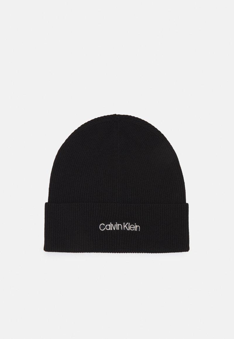 Calvin Klein - ESSENTIAL BEANIE  - Pipo - black