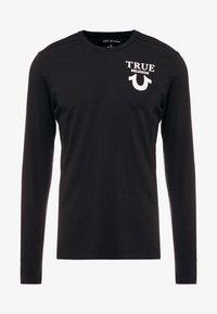True Religion - LONGSLEEVE LOGO  - Camiseta de manga larga - black - 4