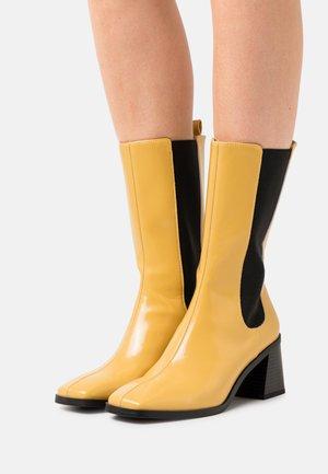ODIE BOOT VEGAN - Stivali alti - yellow medium dusty