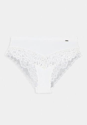 COLIN BRAZILIAN - Braguitas - light white