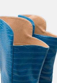 RAID - CYNTHIA - Boots med høye hæler - blue - 5