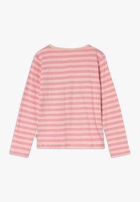 Lemon Beret - SMALL GIRLS  - Langærmede T-shirts - flamingo pink - 1