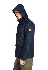 Timberland - FIELD TRIP - Waterproof jacket - dark sapphire - 3