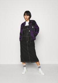 Carhartt WIP - JANET LINER - Winter jacket - blur/purple - 1