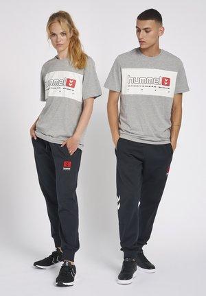 HMLLGC MUSA - T-shirts print - grey melange