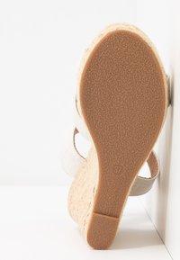 ONLY SHOES - ONLAMELIA WRAP  - Korolliset sandaalit - white - 6